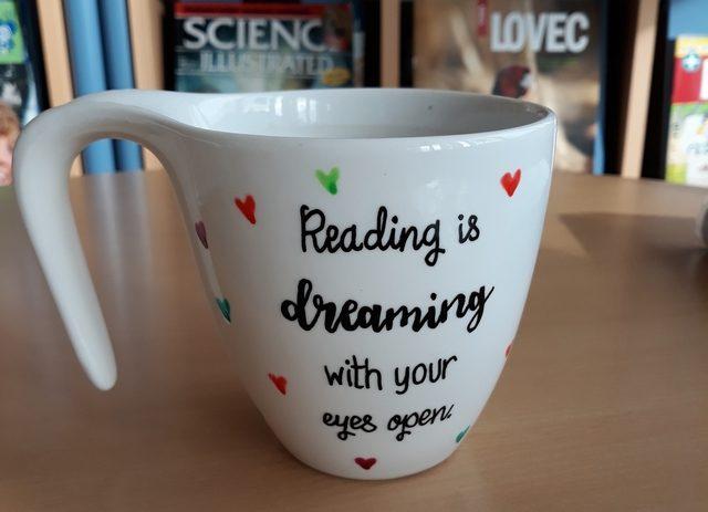 Knjižna čajanka